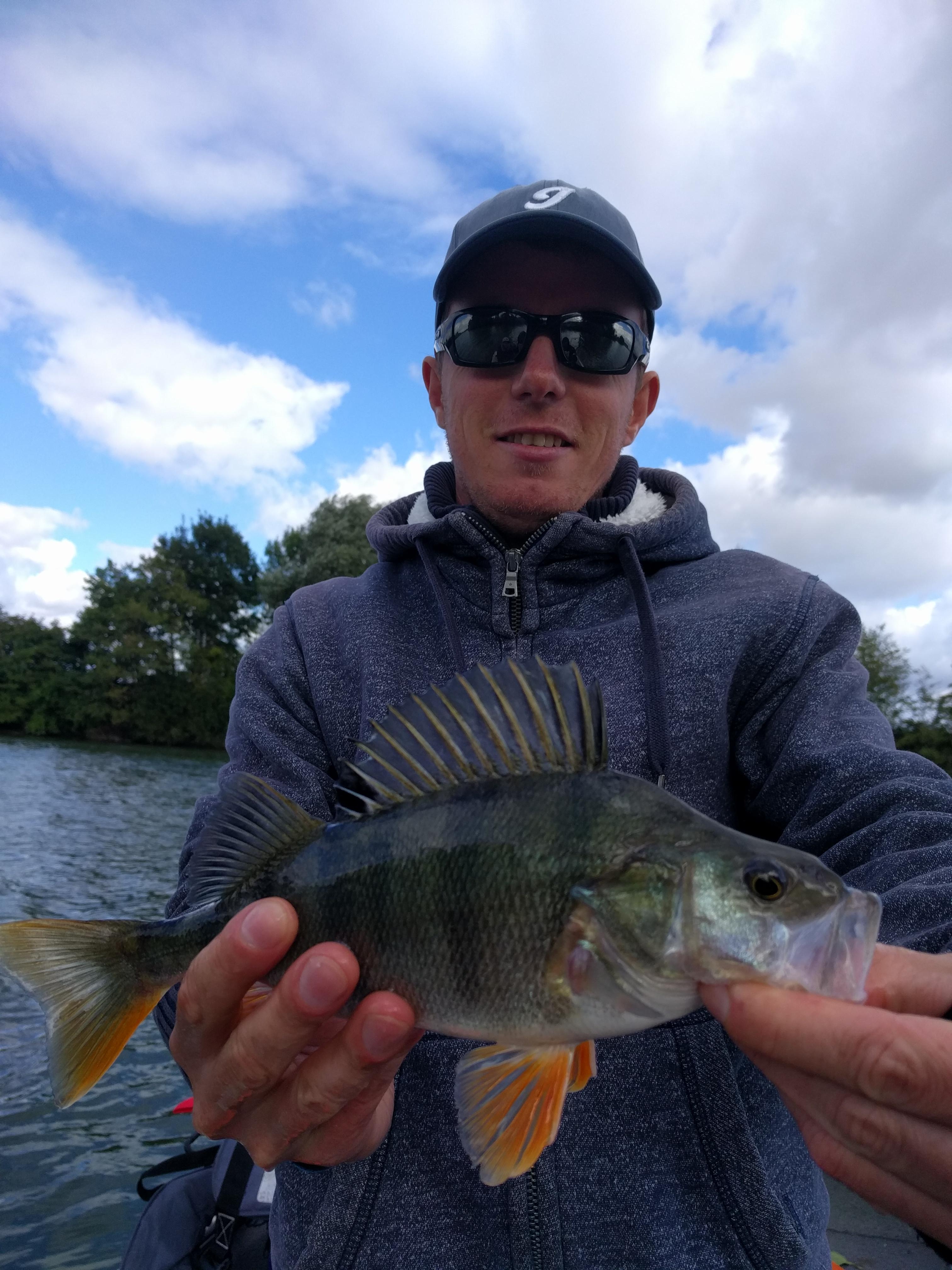 Img 20161002 132317 margency fishing for Bon tempe lake fishing